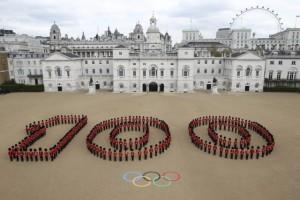 Гвардейцы ее Величества отметили 100 дней до Олимпиады