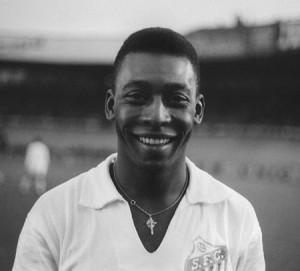 Почему Пеле называют королем футбола?