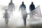 Индийские спортсмены на церемонии открытия Олимпиады шли под олимпийским флагом